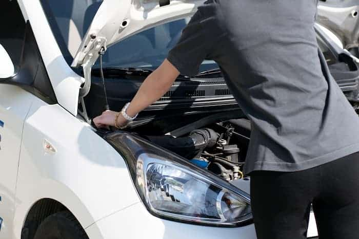 How to replace headlights on Suzuki