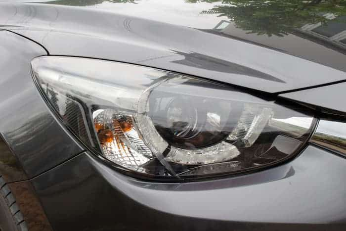 Prices of Land Rover headlight replacement parts by vehicle model